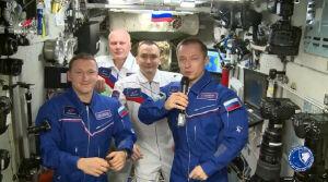 Космонавт Сергей Рыжиков с орбиты МКС поздравил россиян с Днем космонавтики