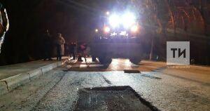 В Альметьевске на дорогах ликвидировано 560 кв. метров аварийных участков