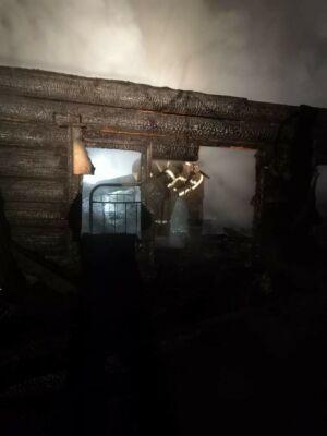 На пожаре в частном доме в РТ погиб мужчина, его тело нашли в тлеющих обломках