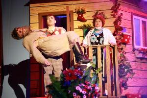 Бугульминский драмтеатр представил в Башкортостане комедию «Долгожитель»