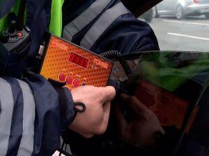 В течение недели автоинспекторы в РТ будут ловить водителей сильно тонированных авто