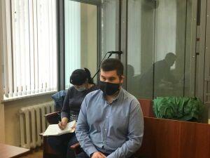 «Он даже не вышел из машины»: в Казани судят экс-следователя, устроившего смертельное ДТП
