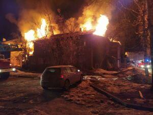 Ночью в Зеленодольске снова подожгли дома в Полукамушках