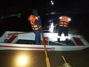 Спасатели и волонтеры ищут 8-летнего мальчика, который мог упасть в реку в РТ