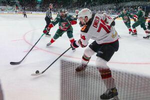 Врач-нарколог высказал свое мнение о ситуации с хоккеистом Алексеем Емелиным