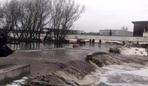 В поселке Тимофеевка в Высокогорском районе затопило единственный выезд