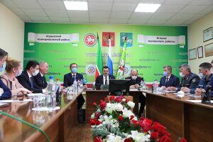 «Ситуация в районе очень плохая»: после смертельной аварии в Агрызе прошла комиссия БДД