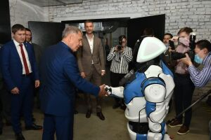 Рустам Минниханов посетил технопарк высоких технологий Morion Digital в Пермском крае