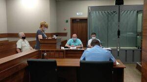 Подписывал, не глядя: суд выслушал экс-главу ТСЖ «Азино-1» по делу об аферах с жильем