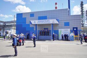 Минниханов принял участие в запуске каучука пятого поколения на «Нижнекамскнефтехиме»