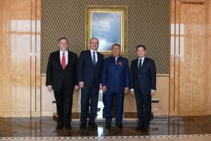 Минниханов обсудил сотрудничество сруководством Национального туристического союза