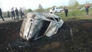 Двое маленьких детей и двое взрослых погибли в ДТП на трассе в Татарстане