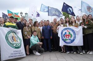 Фаттахов дал старт третьему трудовому семестру студенческих отрядов Татарстана