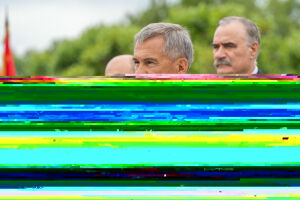 Минниханов открыл в парке Победы в Казани памятник воинам-интернационалистам