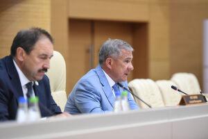 Рустам Минниханов: «Пока нет того, что было в 2010 году, но ситуация острая»