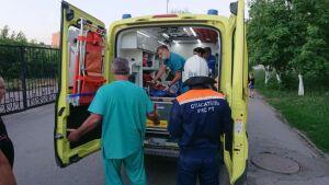 В Альметьевске спасли девочку, которая упала с крыши на острие забора