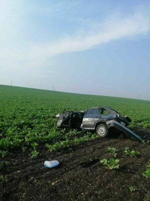 Юный водитель сломал позвоночник, вылетев на авто в поле в Татарстане