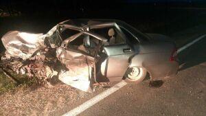 Ночью в Азнакаевском районе столкнулись две легковушки, оба водителя погибли