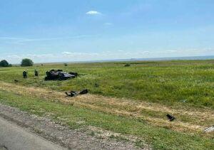 Два человека пострадали, вылетев на кроссовере в кювет с трассы Казань – Оренбург