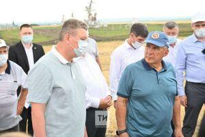 Рустам Минниханов в Нурлатском районе: «Главное сейчас — сохранение поголовья скота»