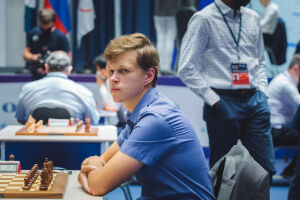 Казанец Владислав Артемьев сыграет с Сергеем Карякиным в 4-м раунде шахматного Кубка мира