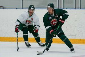 Хоккеисты «Ак Барса» провели тренировочный матч: «зеленые» обыграли «белых»