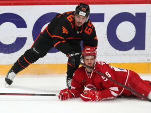 Воспитанник нижнекамского хоккея вернулся на лед после полугодичного перерыва