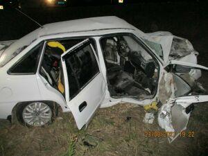 Две легковушки столкнулись лоб в лоб в Альметьевском районе РТ, один из водителей погиб
