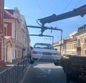 Иномарку жителя Казани арестовали за долг в 140 тыс. рублей по алиментам