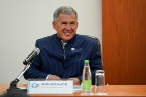 Рустам Минниханов ждет от «Ак Барса» Кубок Гагарина в год 1100-летия принятия ислама