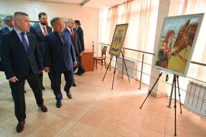Минниханов и Баринов ознакомились с работой Дома дружбы и Ассамблеи народов Татарстана