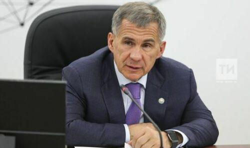 Минниханов вошел в тройку глав регионов РФ с очень сильным влиянием
