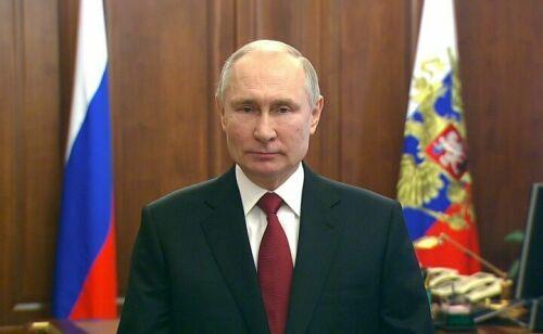 Путин поздравил мусульман России с праздником Ураза-байрам