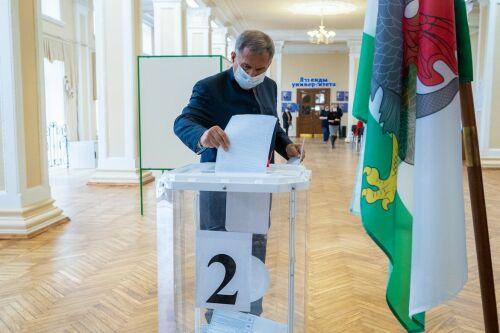 «Важно, чтобы исполнялись обещания»: первые лица Татарстана приняли участие в выборах