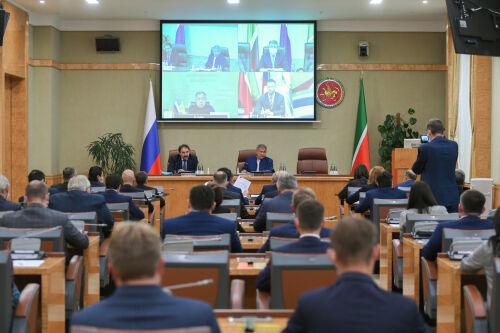 Рустаму Минниханову презентовали шесть инвестпроектов