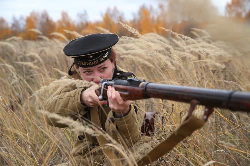 На полигоне Казанского танкового училища состоялась военно-историческая реконструкция «Десятый сталинский удар. Осенью 1944-го...»