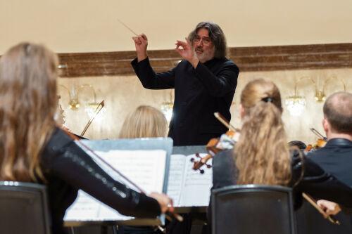 Камерный оркестр La Primavera официально открыл XXXIII концертный сезон