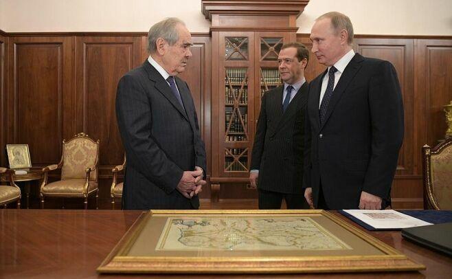 Появилось видео встречи Владимира Путина и Минтимера Шаймиева
