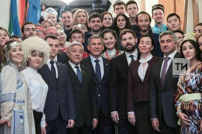 Минниханов участникам форума «Золото тюрков»: Каждый извас может много сделать для своего народа