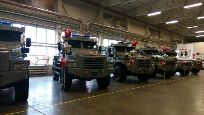 В Челнах Росгвардии передали первую партию бронированных автомобилей «Патруль»