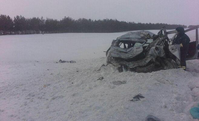 В Татарстане в аварии на трассе разбились две женщины