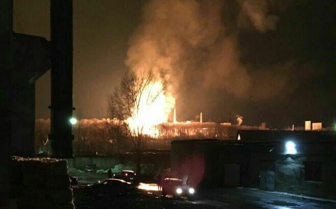В МЧС подтвердили факт пожара на пороховом заводе в Казани