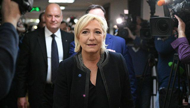 Во время визита в Москву Марин Ле Пен заявила о готовности отменить санкционные списки ЕС во Франции