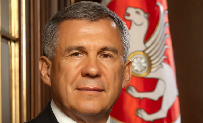 Рустам Минниханов поздравил православных Татарстана с праздником Пасхи