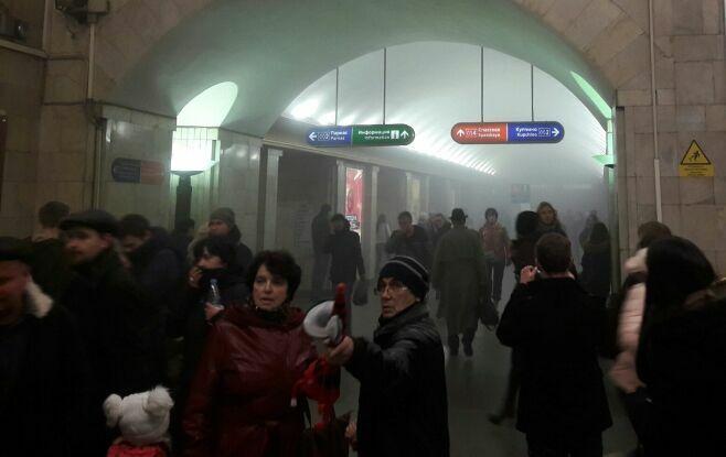 Появилось видео с места взрыва в Петербурге