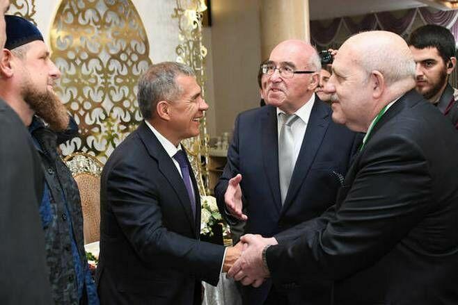 Президент Татарстана поприветствовал участников заседания ГСВ «Россия— Исламский мир» вГрозном