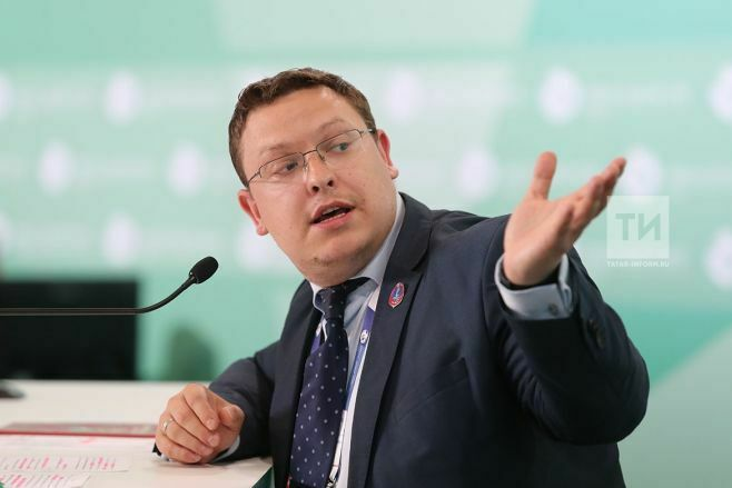 На спортивных объектах Кубка конфедераций FIFA в Казани работает 1260 волонтеров
