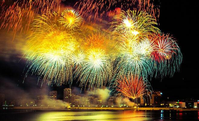В День России в Казани праздничные мероприятия завершатся концертом и фейерверком