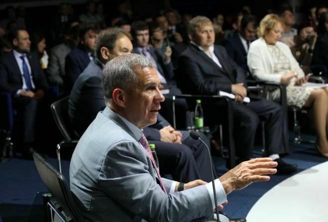 Минниханов: Дополнительные проверки пожалобам граждан должны стать платными
