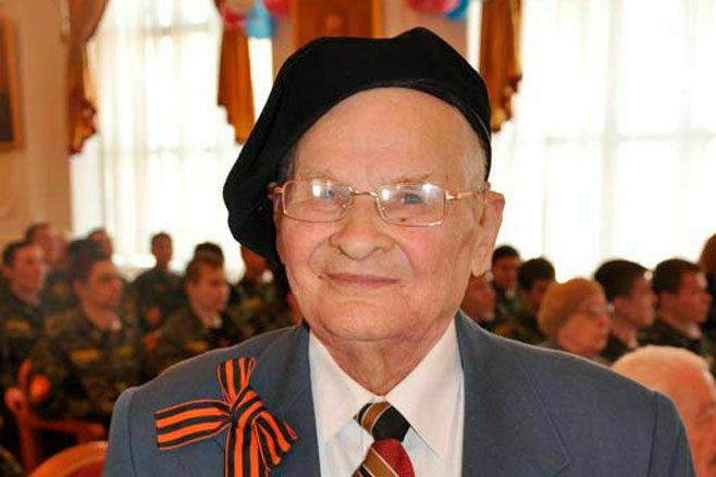 Ушел из жизни старейший профессор КНИТУ-КХТИ Алексей Богданов